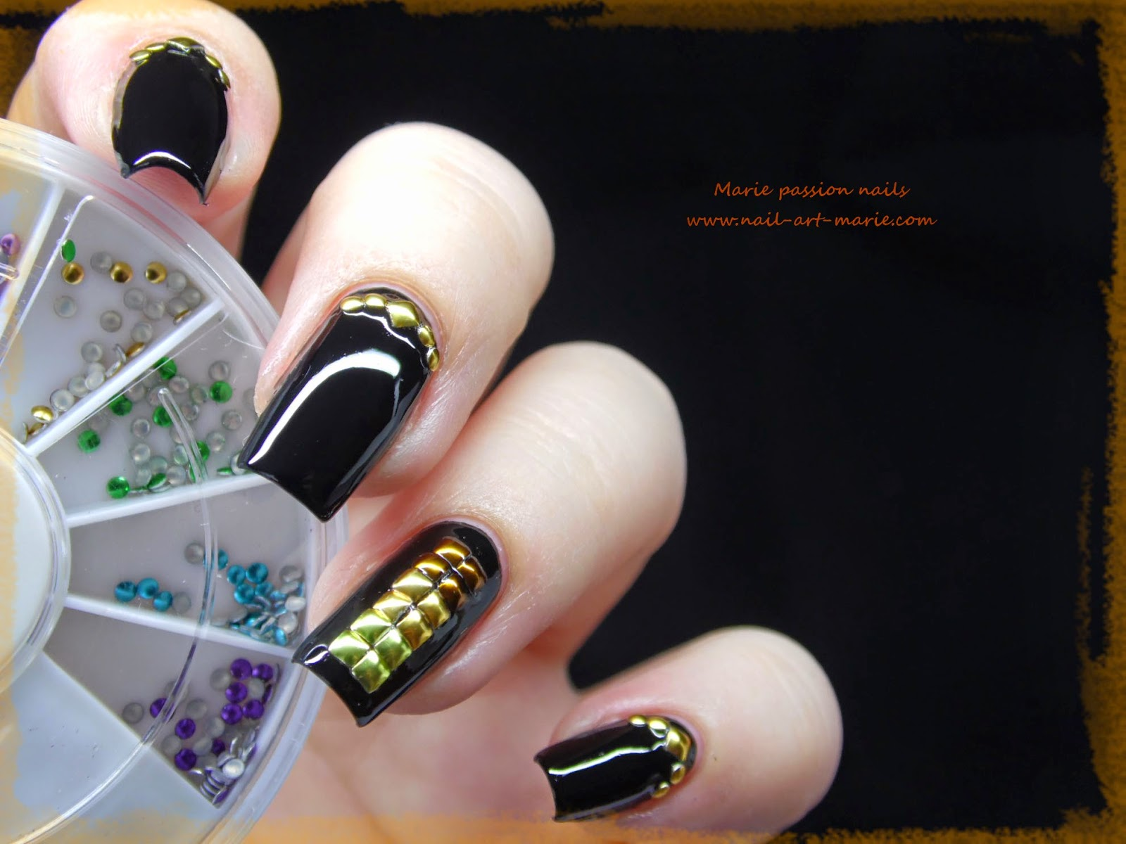 nail art studs metallique5