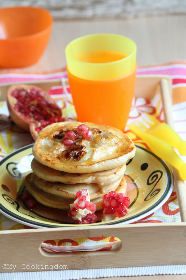 My cookingdom american style banana pancakes pretty much every sunday i make pancakes for breakfastually i makes english style pancakes sometime i do used self raising flour to get a fluffy ccuart Images