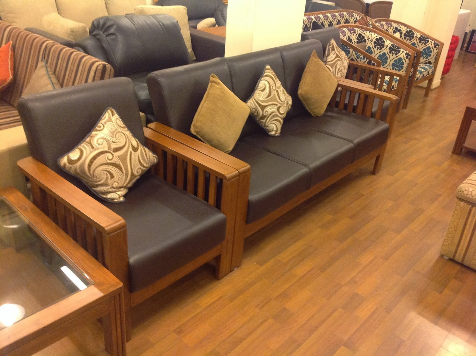 ROYAL TOUCH   House Of Evergreen Furniture