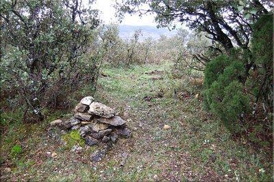 Monolito de piedras en la cima de San Andrés