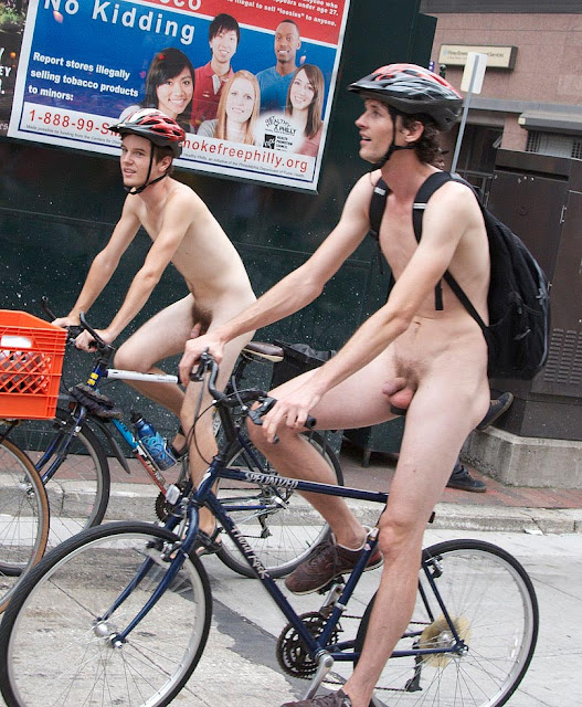 Philly Naked Bike, ride Riding together to promote fuel conscious