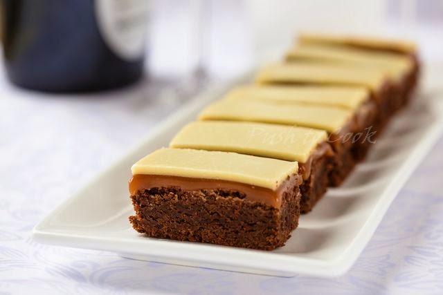 Брауни с карамелью и шоколадным ганашем