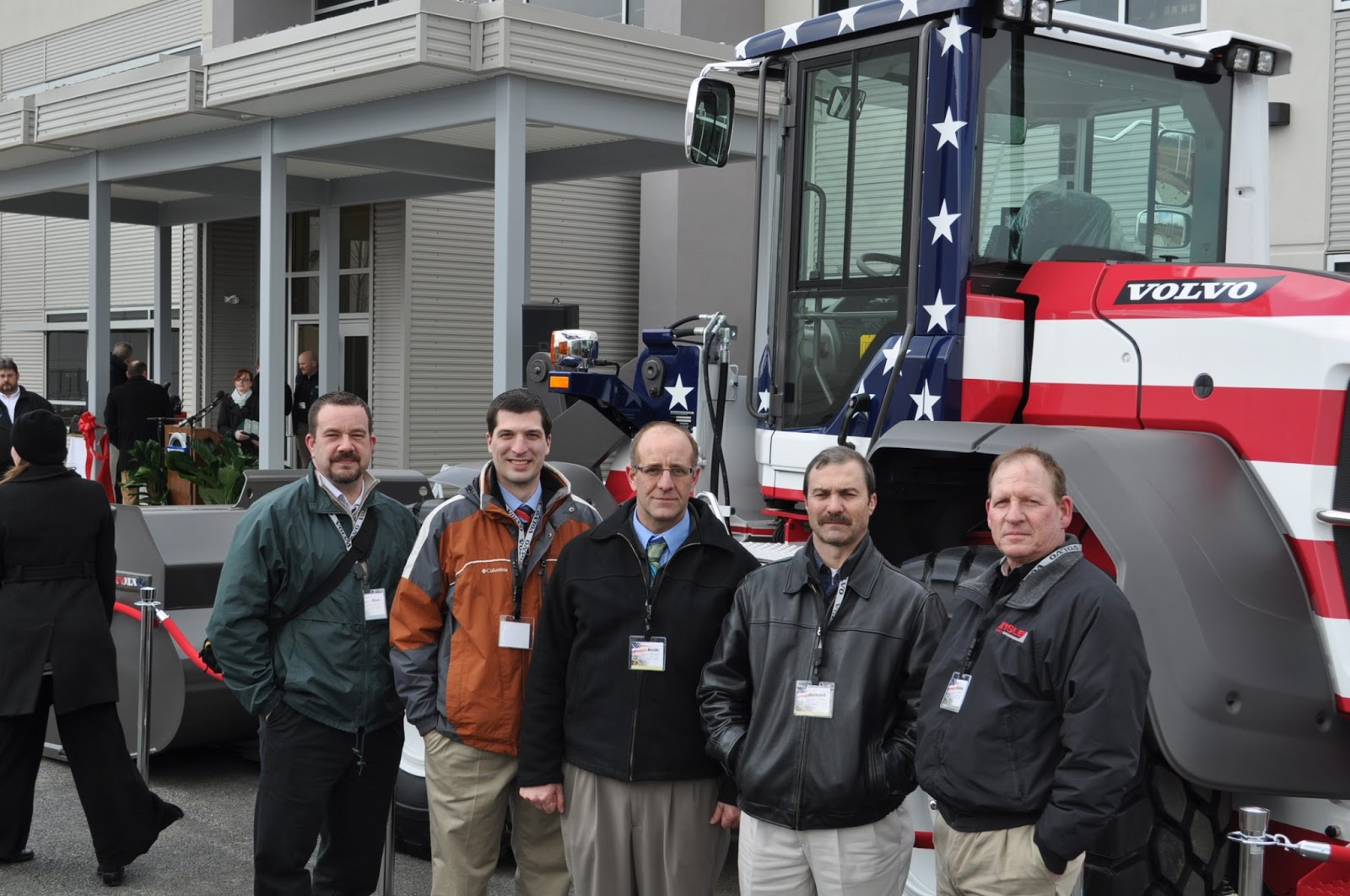 The Kinsley Company Blog: Volvo CE Celebrates Grand Opening of Office Building