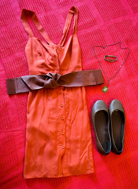 peach color summer outfit