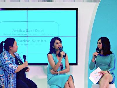 dr Mayung dan Artika Sari Devi