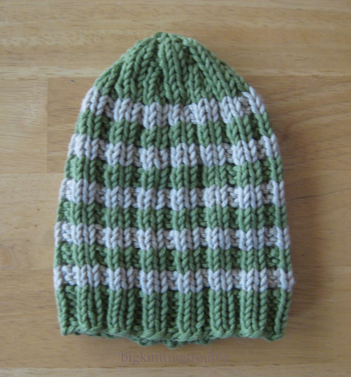 Knitting Patterns For Neonatal Units : Big Knitting Trouble: FOs: Bright Bebe Bonnets