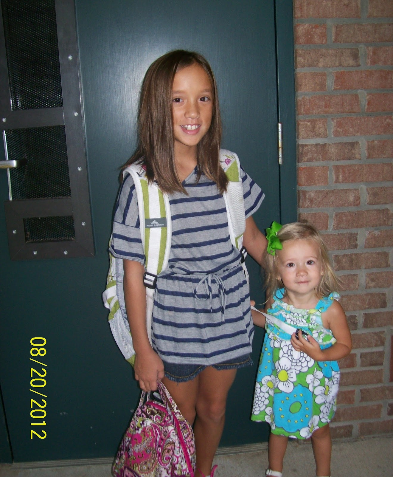 Happily Chaotic: Kaylyn's First Day of 4th Grade