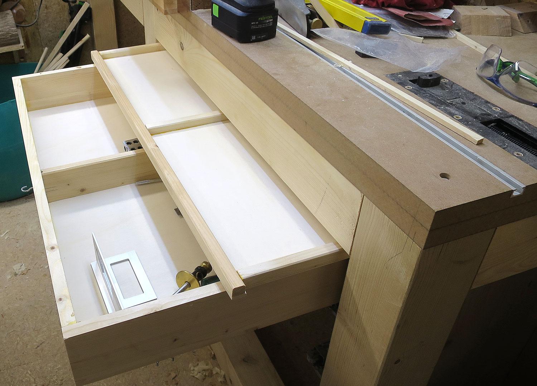 holzbohrer neue werkbank teil 3. Black Bedroom Furniture Sets. Home Design Ideas