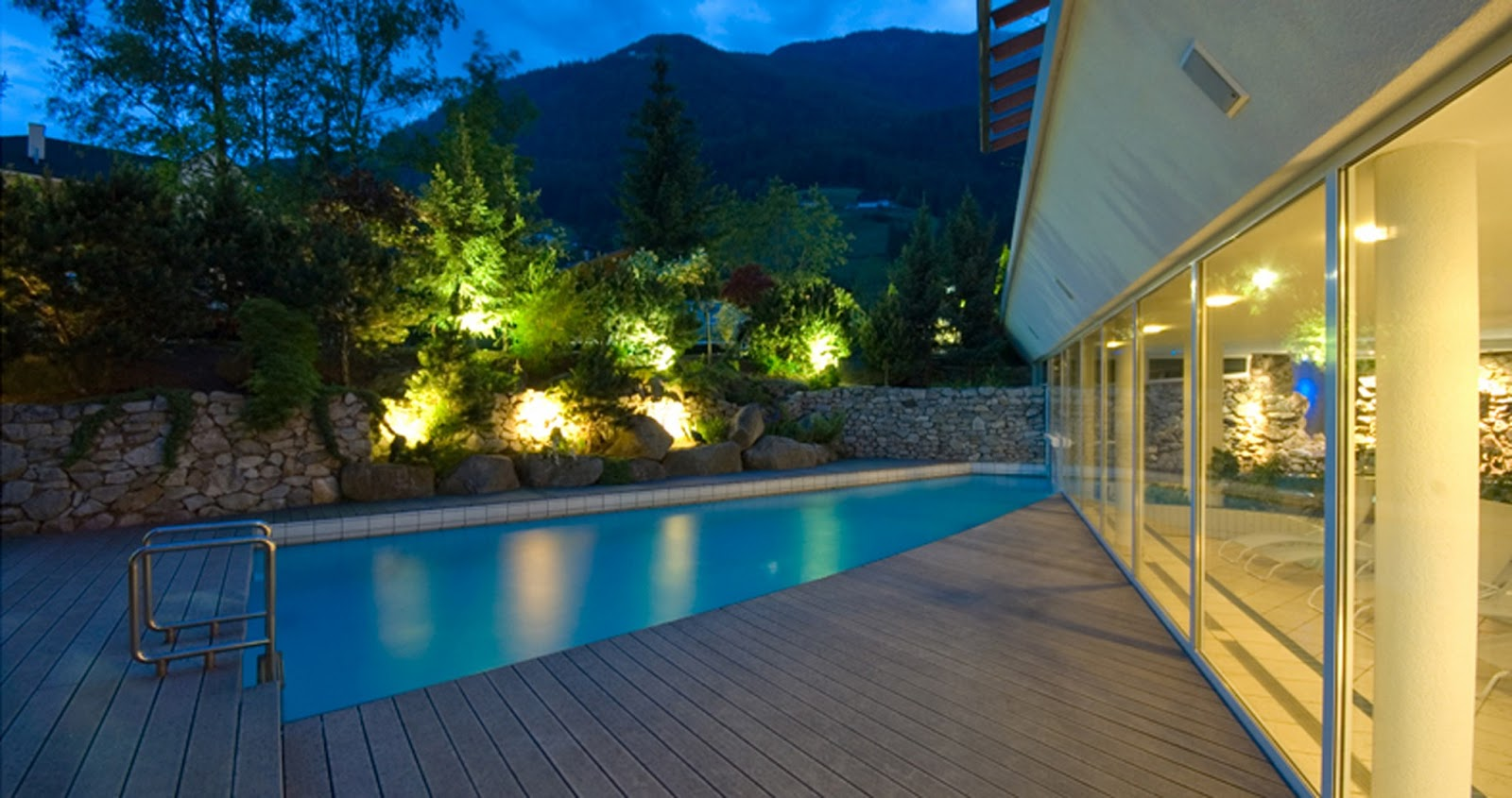 Italy sustainable travel feldmilla design hotel south tyrol for Design hotel feldmilla