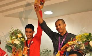 Atletas dominicanos olímpicos son recibidos por cientos de personas