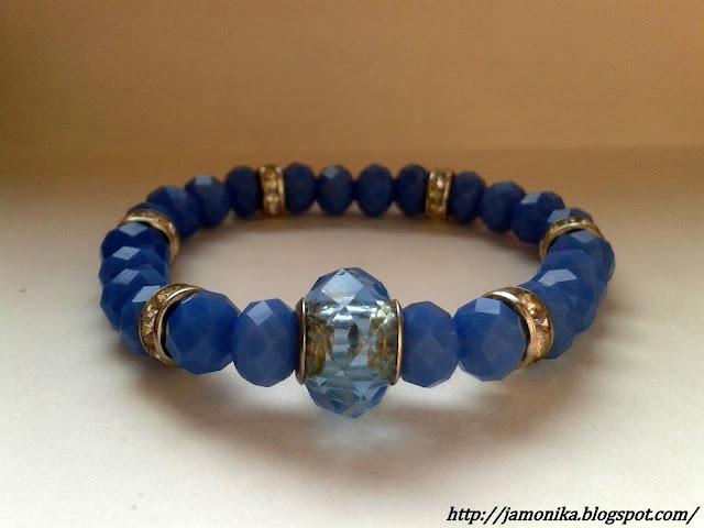 Niebieska bransoletka z przekładkami
