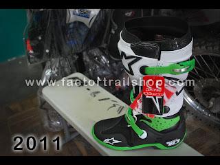 boots alpinestar t10
