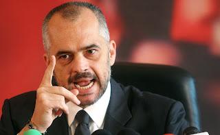 Αλβανοί Αξιωματούχοι Καθημερινοί Εγκληματίες…