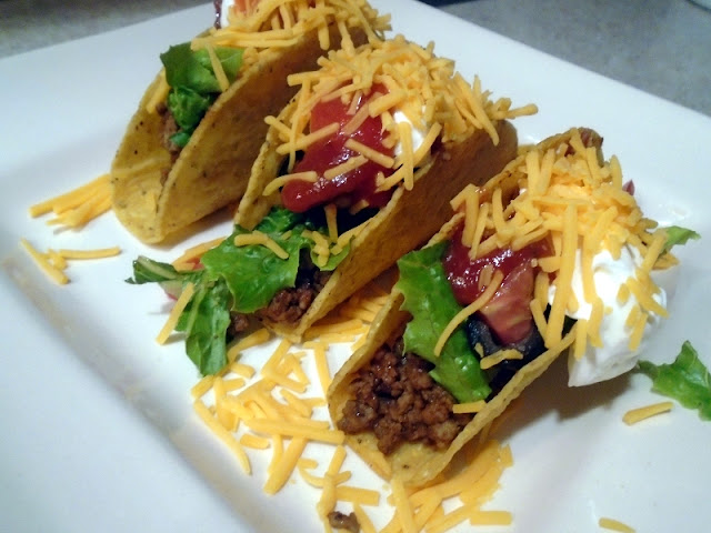 My WAHM Plan: serve up a plate of crunchy tacos for dinner