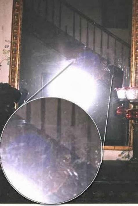 Jejak misterius pada cermin  di Myrtles Plantation, Rumah Paling Berhantu di Amerika