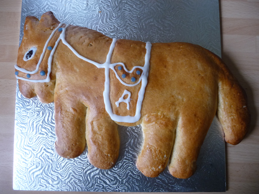 Italian easter horse biscuit