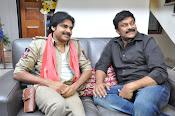 Pawan Kalyan Meets Chiranjeevi-thumbnail-6