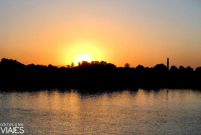atardecer rio nilo egipto puesta de sol