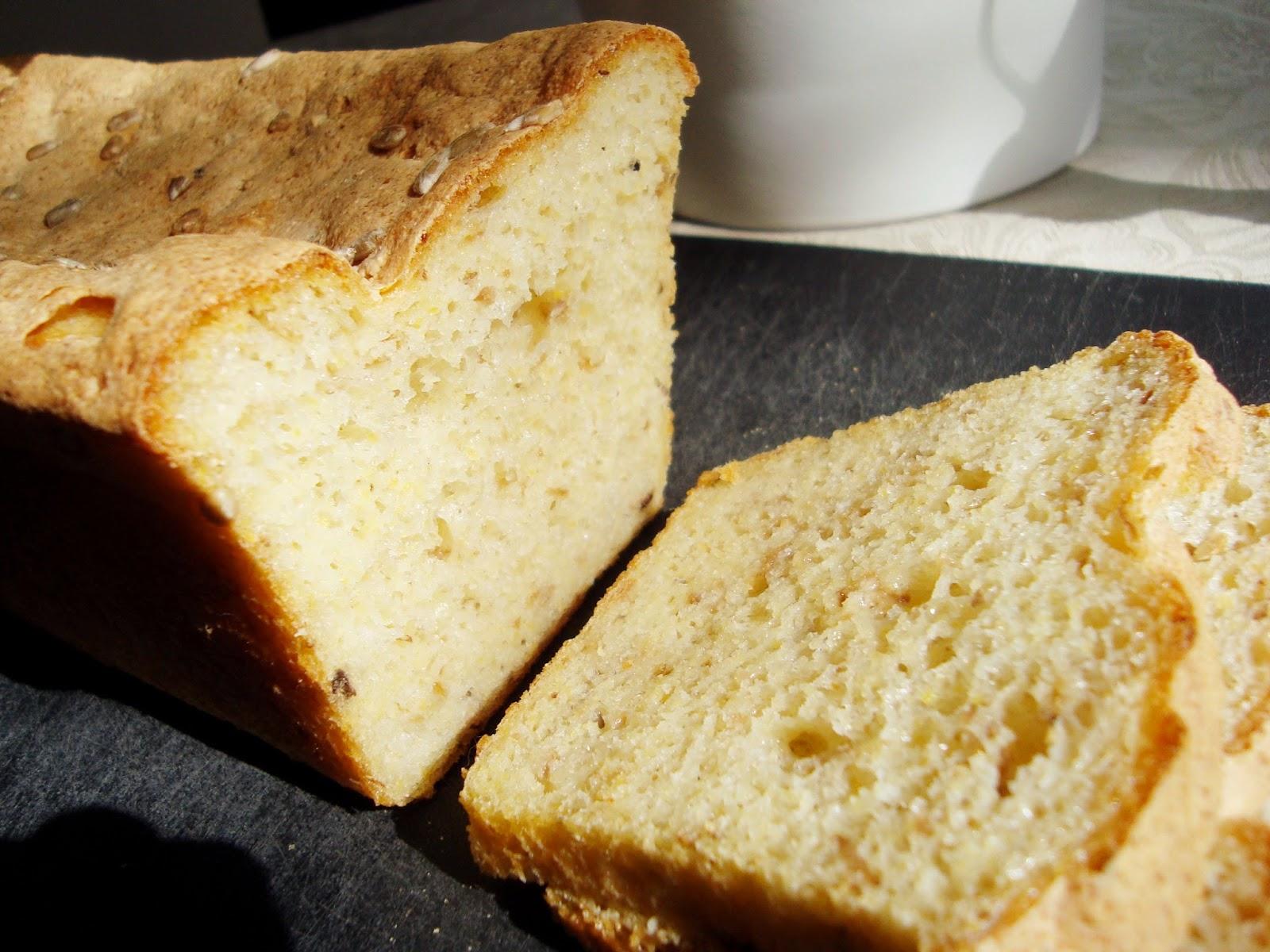 glutenfritt bröd med majsmjöl