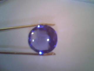 Batu Garnet Biru