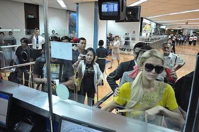 paris hilton lost two iphone philippines
