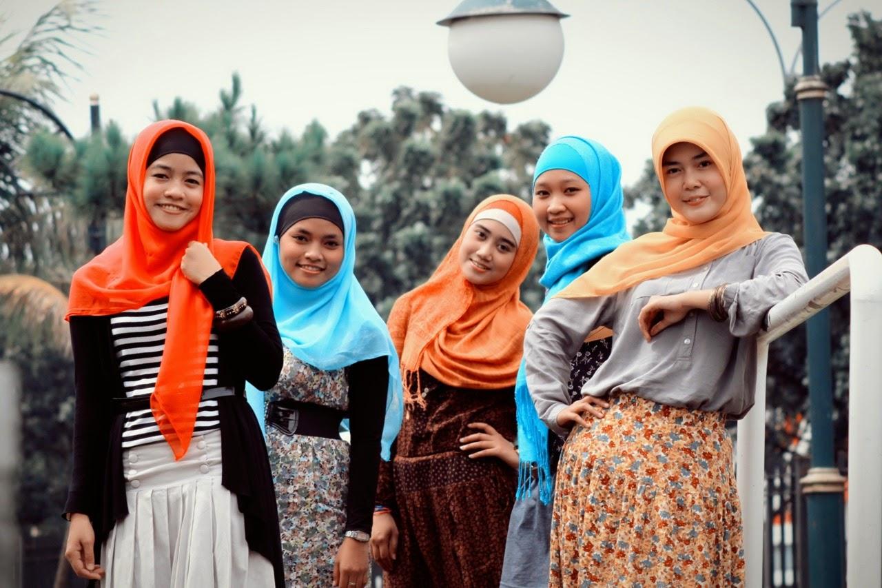 SNOPI sisters with hijab | Hijab Style