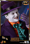 IN STOCK Hot Toys DX 08 Batman: 1/6th scale Joker Collectible Figure
