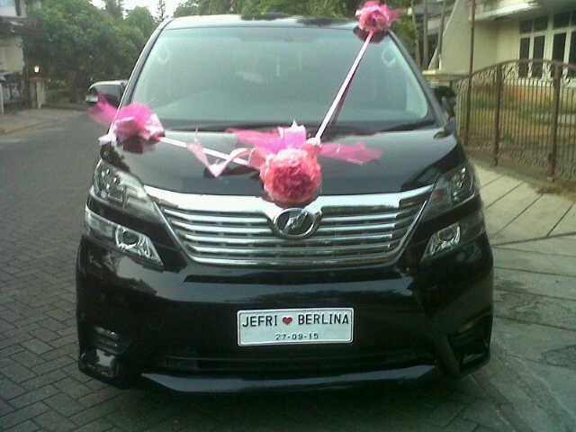 Sewa Mobil Mewah Untuk Pengantin di Semarang