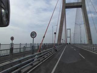 Melihat Jembatan Suromadu Dari Kamera Pocket