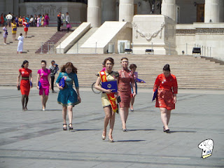 Chinggis Khaan Square - beautiful ladies 1