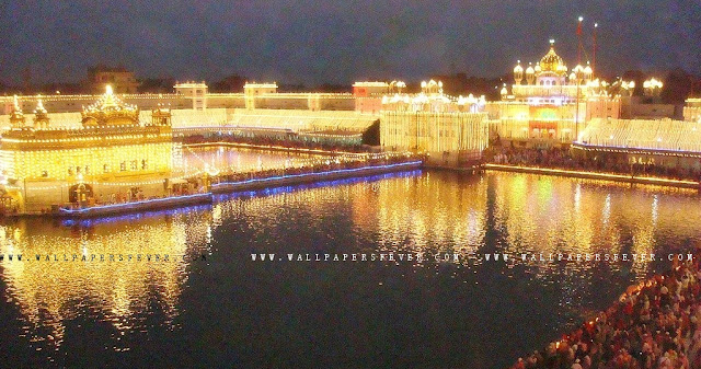 Lighning wallpaper of harmandir Sahib in HD