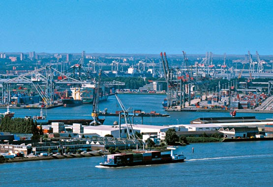 definicion de puerto maritimo: