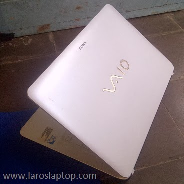 Harga Laptop Second SONY VAIO SVF1421MSGW