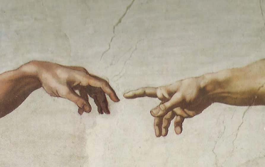 Detalhe da aproximação da mão de Adão e de Deus na obra A Criação de Adão