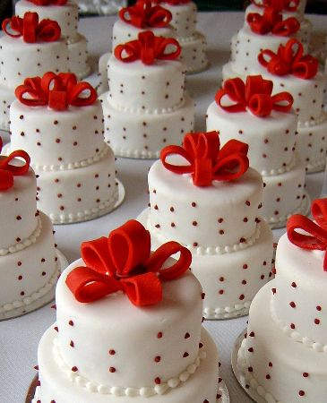 Mini wedding cake Exactly Let me tell you why Wedding is one of the most