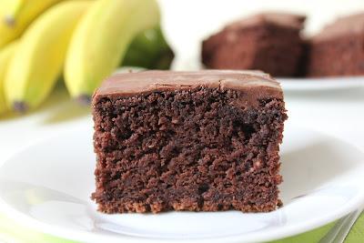 Ciasto czekoladowe z bananami (Bajeczne smaki)