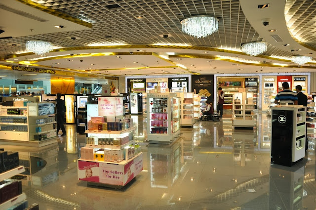 Delhi Duty Free  Arrival Shop - Perfumes Area