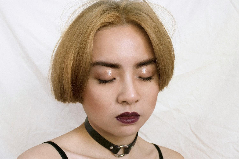 Dewy goth make up look on Jenny N