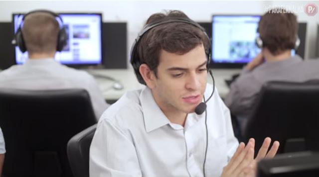 Atendente de telemarketing
