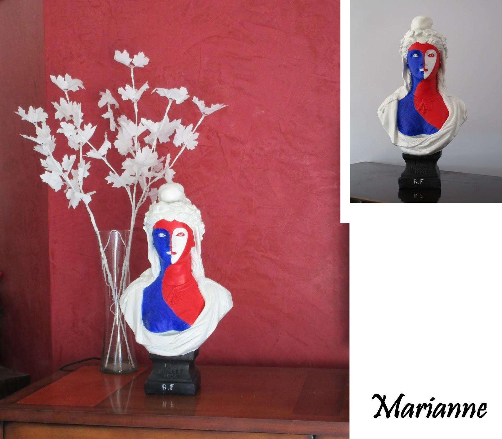 Objet d coratif objet d 39 art marianne aux couleurs de la for Objet deco en platre