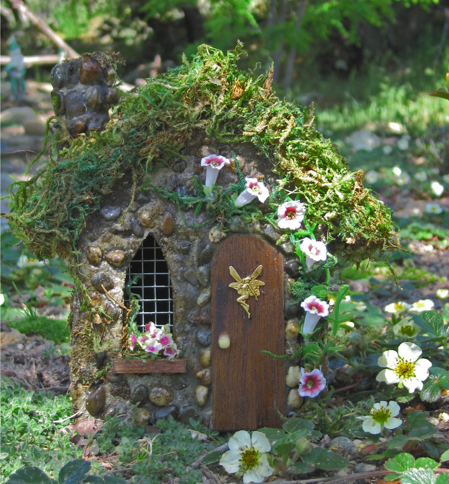 Barb 39 s botanical garden fairy gardens Small garden fairies