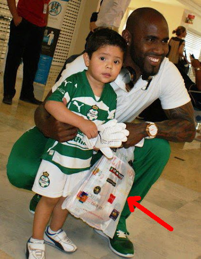 Felipe Baloy, young fan… and Playboy magazine