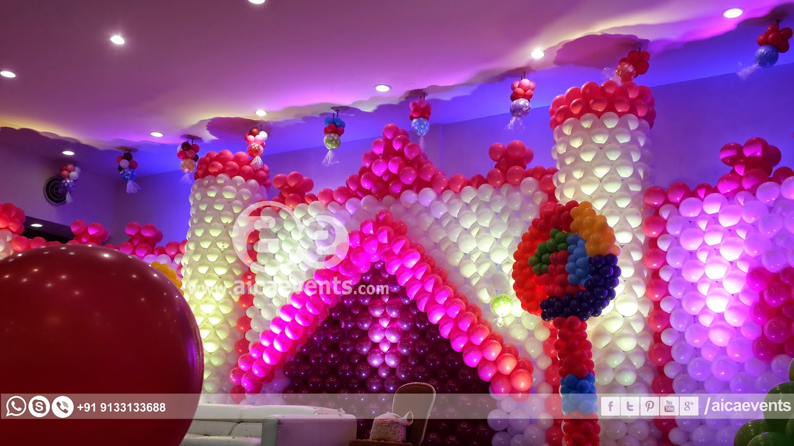 Aicaevents India Castle with Balloon Wall Decoration