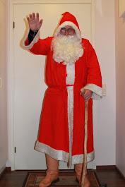 Pirkkalan Joulupukki kepin sijaan lahjoja kilteille lapsille E-mail: joulupukkipalvelua@gmail.com