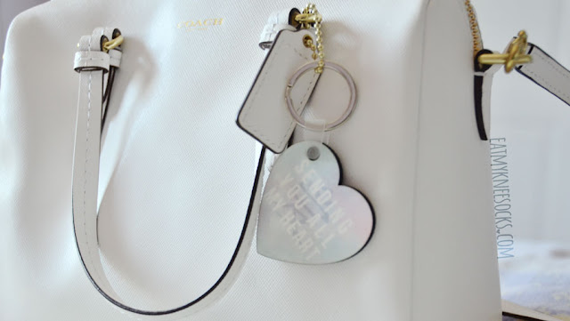 Snapmade's heart-shaped keychain makes a perfect gift, and I'm happy with how my original design turned out.