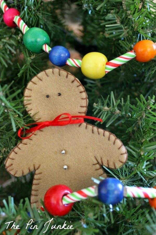 Dollar Store Christmas Craft Garland