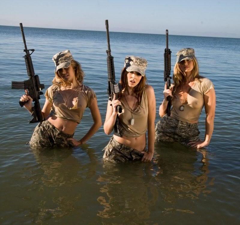 QUELLE EST LE NOM DE L'ARME - Page 7 Water+girls