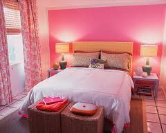 interior bernuansa pink