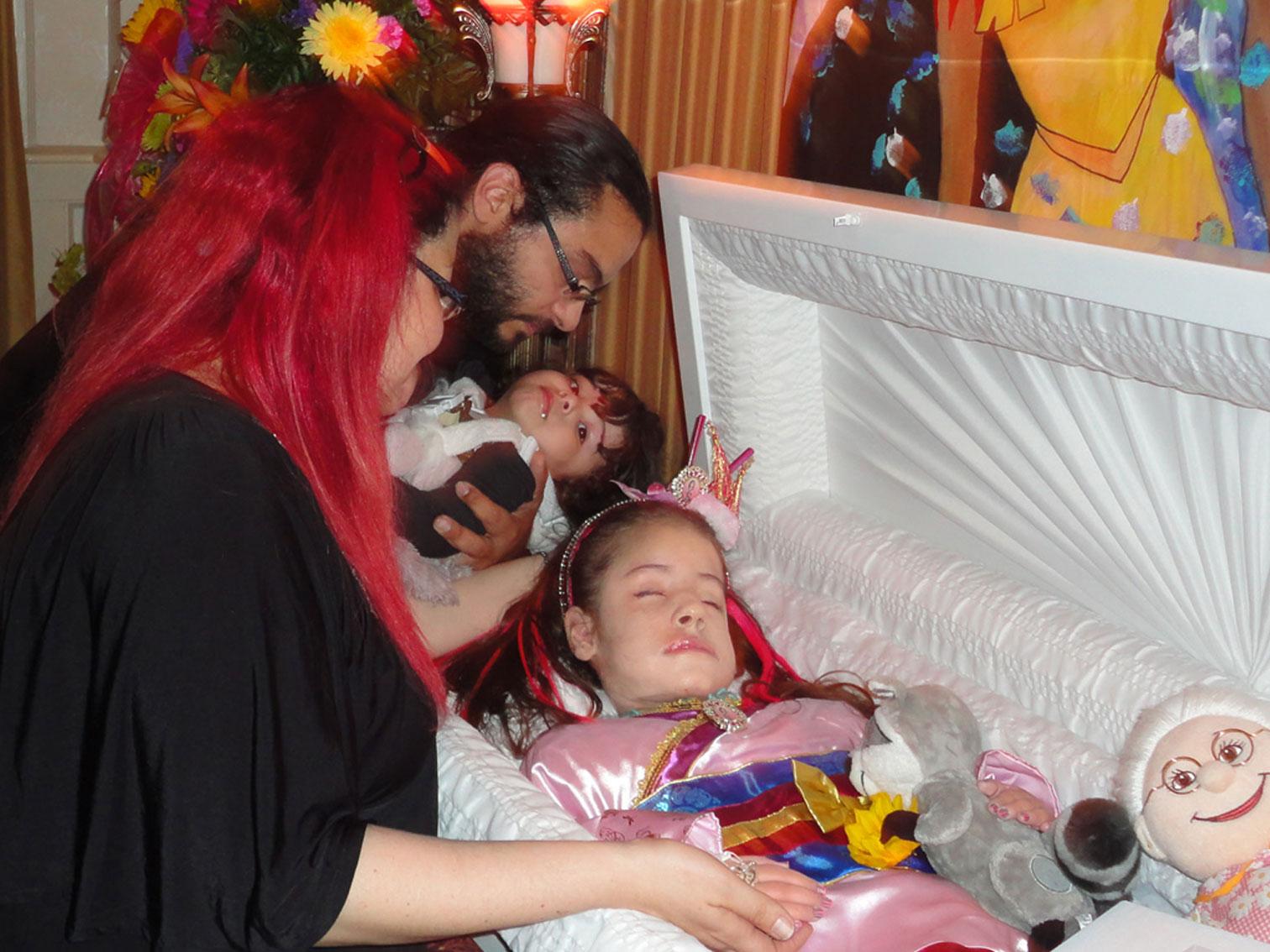 DEIRDRE MEDINA\'s DIARY: A LITTLE MAGE in the FAMILY: November 2012