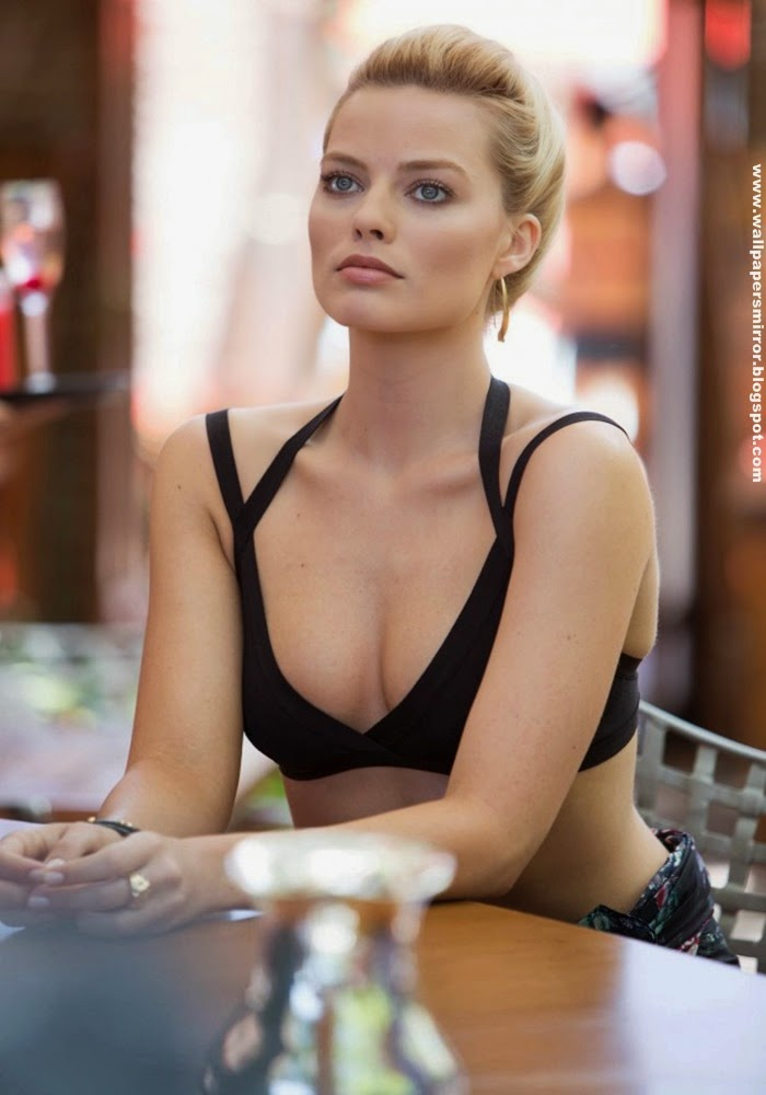 15 Hottest margot robbie HD wallpapers